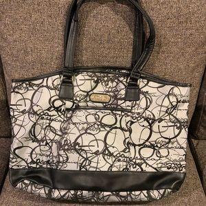 Jessica Simpson travel bag.